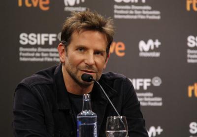 Bradley Cooper en la rueda de prensa de A Star is Born en 66SSIFF