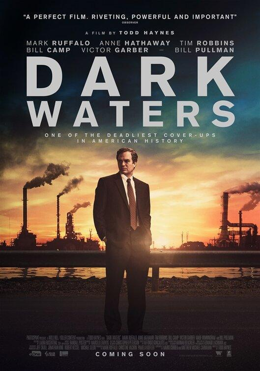 poster Aguas oscuras